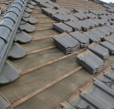 瓦屋根の修理🏠