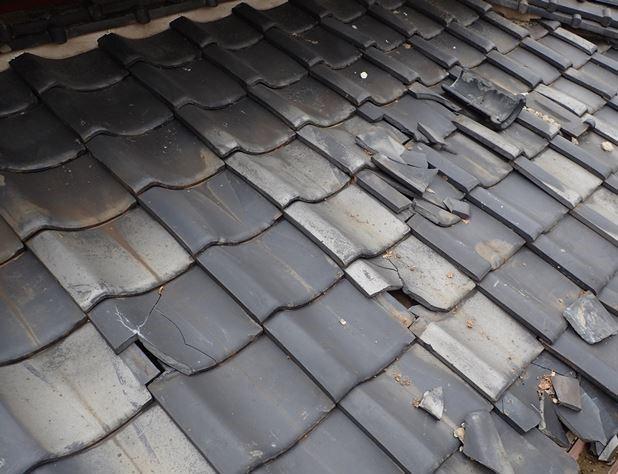 台風による破損で保険対応屋根工事
