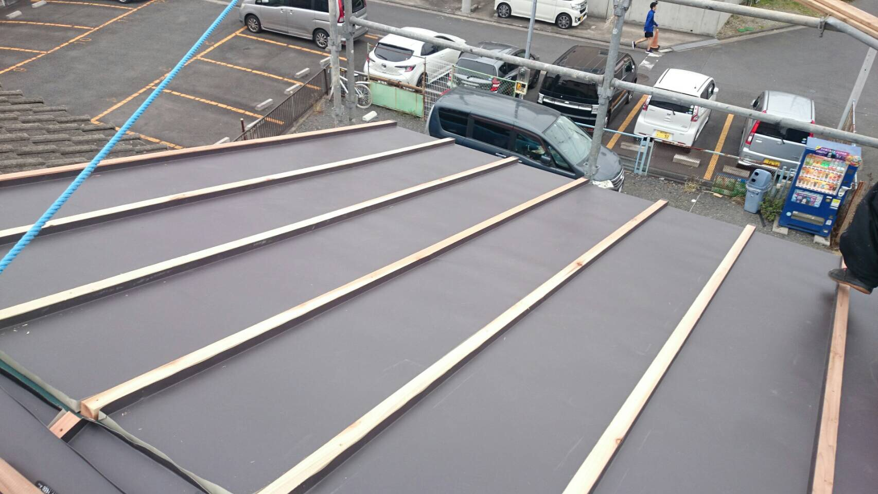 東京都町田市にて屋根の葺き替え工事