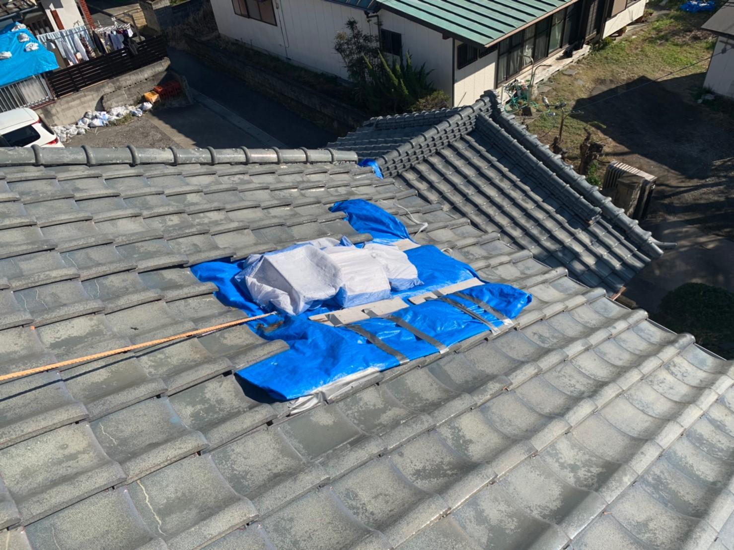 千葉県館山市川名 瓦部分補修、軒天井交換 のご提案。